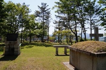 순교 후 머리 없는 시신을 수습해 고향 인근에 매장된 후 1948년 유해를 발굴하여 입관한 후 이장하였다. 그 후 1975년 현 사봉 공소의 순교자 묘역으로 이장했다.