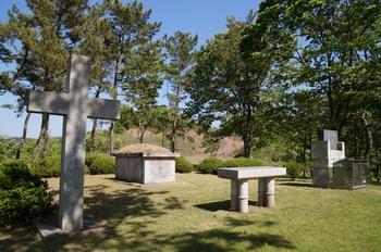1866년 병인박해 때 체포되어 진주 감옥에서 혹독한 매를 맞고 순교한 정찬문 안토니오 순교복자의 묘.