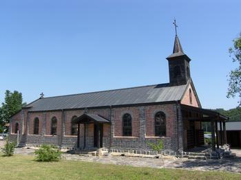 옛 성당 측면 모습.