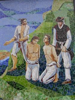 순교 기념 모자이크 벽화 뒷면에는 성 남종삼의 아들과 홍봉주의 아들이 순교하는 장면을 그려 놓았다.