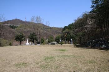성 김대건 신부가 어린 시절을 보낸 한덕골 성지 전경.