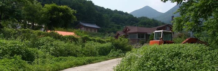 건학 교우촌이 있었던 오늘날의 건학마을 풍경.