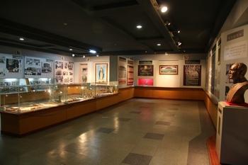 한국 레지오 마리애 기념관 내부 전시실.
