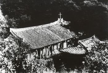 옛 되재 성당 모습.