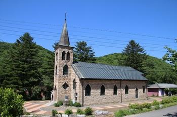 1955년 의정부 성당을 본떠 건립한 공소 성당.