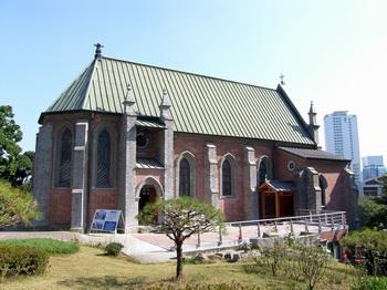 옛 용산 예수성심 신학교 외부 모습.