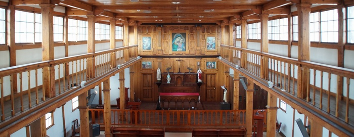 옛 안성 성당은 서양식 성당의 형식을 따르면서도 전통적인 재로와 방식으로 건립되어 토착화된 성당 건축사 연구에 귀중한 자료가 되고 있다.